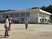 Shitakusagari2012_03